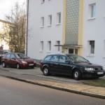 Schulstraße: Kfz-Stellplätze statt Grünflächen