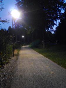 Geh- und Radwegbeleuchtung beim DLR