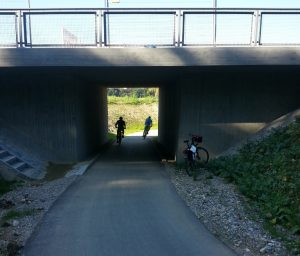 Dilettantische Radverkehrsanlage an der Dellinger Höhe
